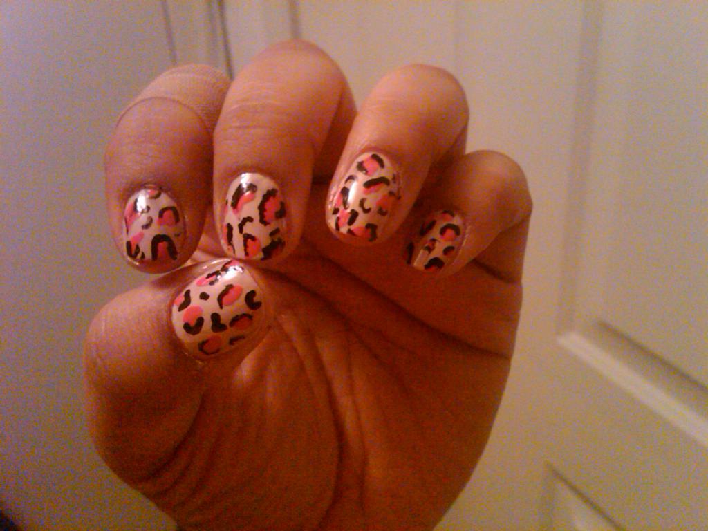 Cheat-ah Nails